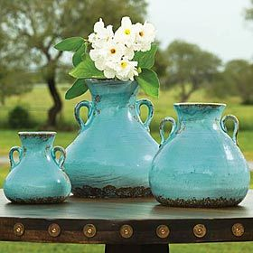 Love the turquoise potteryTurquoise Pottery, Pottery Ideas, Rustic Looks, Colors, Tiffany Blue, Vases, Aqua, Pottery Ceramics, Tuscan Style