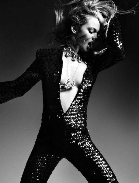 Camille Rowe by Michael Schwartz for Black : Black 14, Camil Row, Rocks N Rol, Black Mag, Glam Rocks, Black Whit, Rocks Style, Rocks Discos, 457600 Pixel