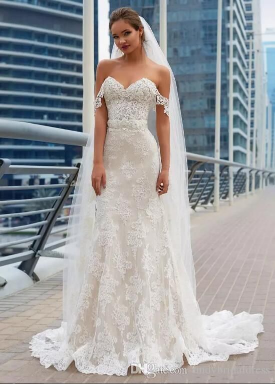 2019 Gorgeous Mermaid Lace Wedding Dresses Elegant Full Lace Appliques Corset Back Cheap Long Train Wedding Gowns Bridal Gowns