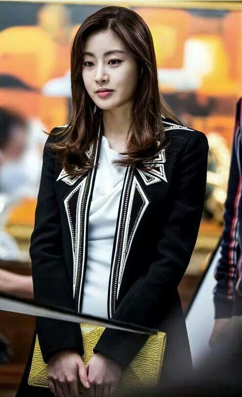 Kang So Ra 강소라 ur.18.02.1990r. / 168cm / Doctor Stranger, Dream High 2, Warm And Cozy