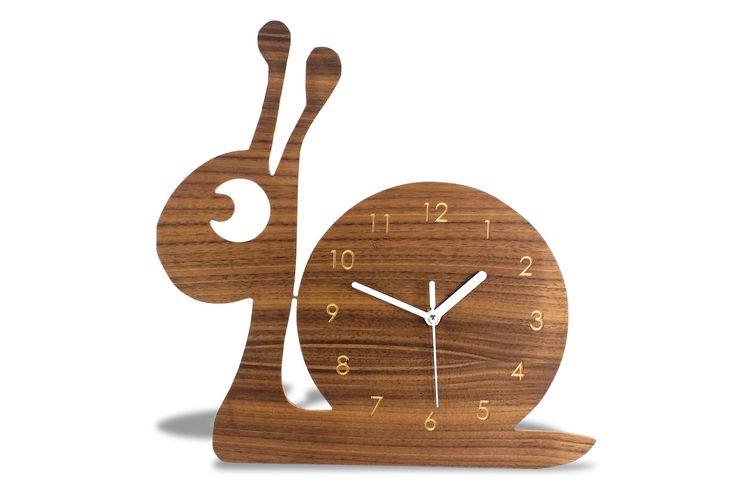 Modern Wooden Cute Snail Wall Clock, modern Animal Wall clock, decorative kids room, minimalist kids clock, baby decorative room