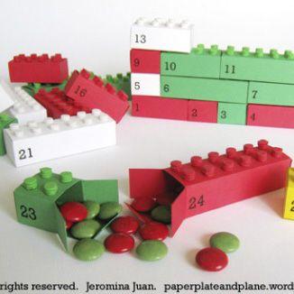Un Tutorial completo di modello da stampare e ritagliare per fare un Calendario Dell'Avvento ispirato ai LEGO.