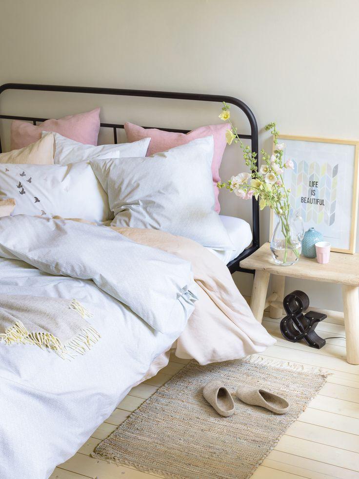 die 25 besten bettw sche ideen auf pinterest coverlet betten neutrale bettw sche und. Black Bedroom Furniture Sets. Home Design Ideas