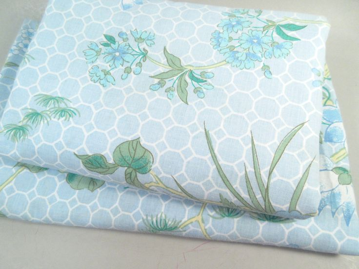 Vintage queen sheets, queen sheet set, asian print, mid century modern, blue aqua floral print, hollywood regency, baby blue, fitted flat by StephieD on Etsy