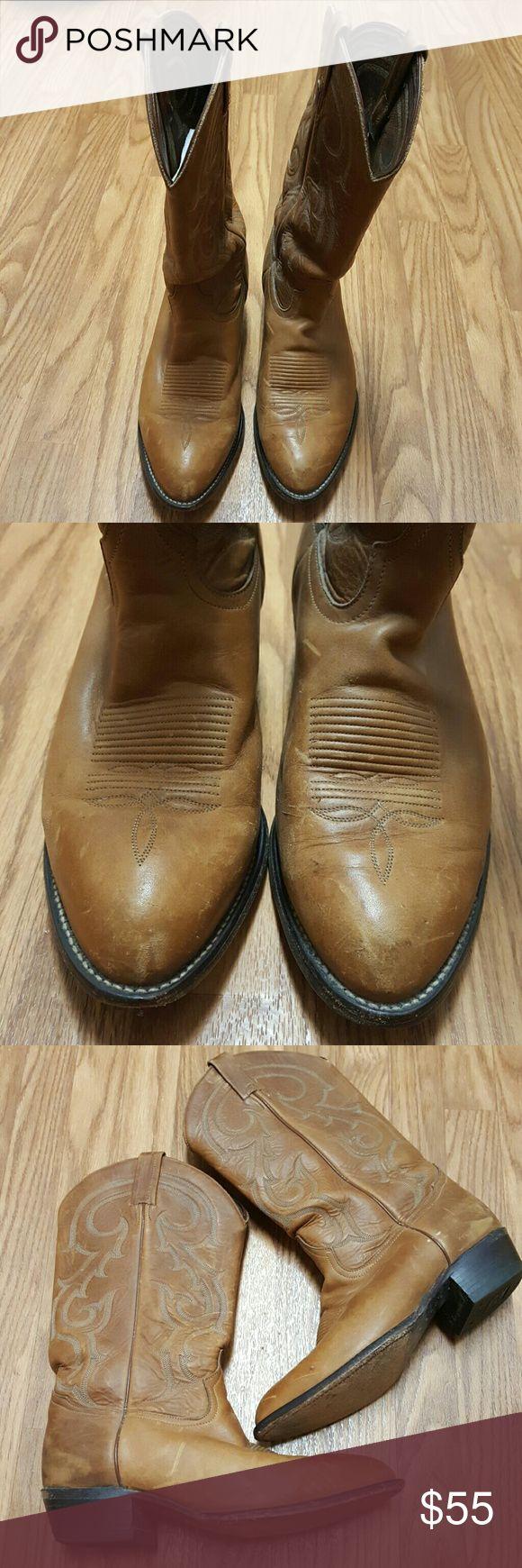 Tony Lama Men's Western Boots.  Size 10 EE Tony Lama Men's Western Boots.  Size 10EE. Very worn. But in good condition. Tony Lama Shoes Cowboy & Western Boots