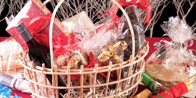 Cesti e scatole regalo con alimenti e bevande, quali informazioni? La parola all'avvocato Dario Dongo