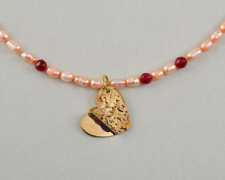 Gold heart choker, pendant pearl necklace, tumbaga jewelry, dainty garnet jewelry,hammered brass jewel,Saint Valentine's gift,short necklace by ColorLatinoJewelry on Etsy