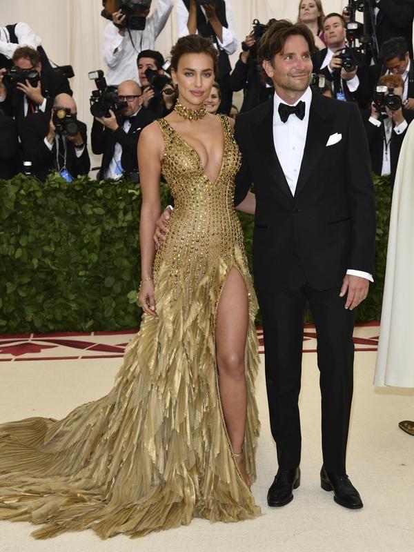 Irina Shayk And Bradley Cooper Met Gala 2018 Met Gala Dresses