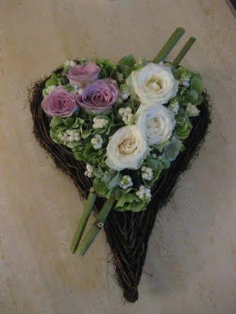 Flower arrangement - heart