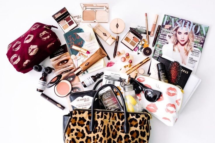 whats-in-your-bag-charlotte-tilbury-01