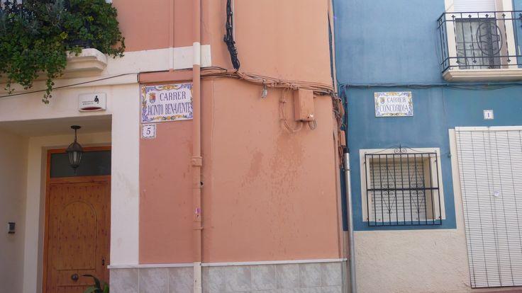 Benidoleig, I love the street signs!