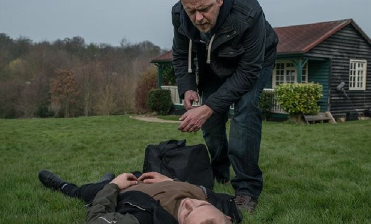 Emmerdale spoilers tease that in a shocking twist, it will be found out that it was Tracy who attacked the schoolboy, Josh Crowther. Who would have expected that? We will see Tracy, who is played by Amy Walsh, finally admit her crime to Eric in the pub. But she only admits after the police have deci