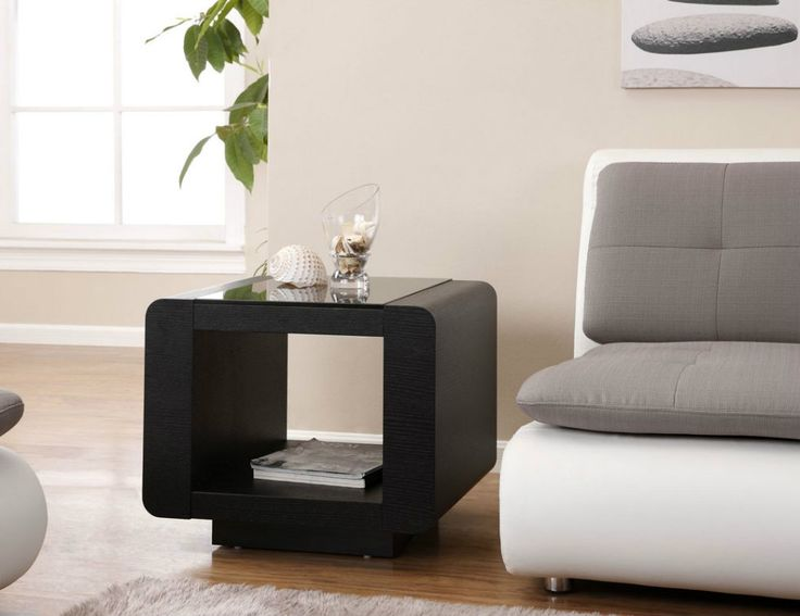Modern Black Side Table Ideas #sidetabledesign Black Side Tables  #moderndesign Living Room Design # Part 65