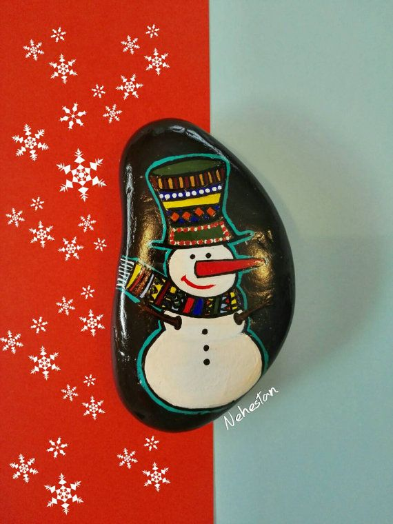Painted Stone, Snow man on Natural Beach Pebble, Acrylic Painting on Beach Stone, Cute Snowman on Stone, Nice Christmas Gift!