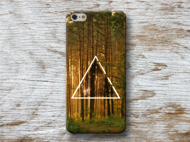 Earthy colours at DaWanda Hipster Triangle in the Woods Phone Case for iPhone Galaxy LG Sony HTC Moto Huawei ...  WOOD and MARBLE cases are made from 100% recycled PLASTIC and do no have a wood or...
