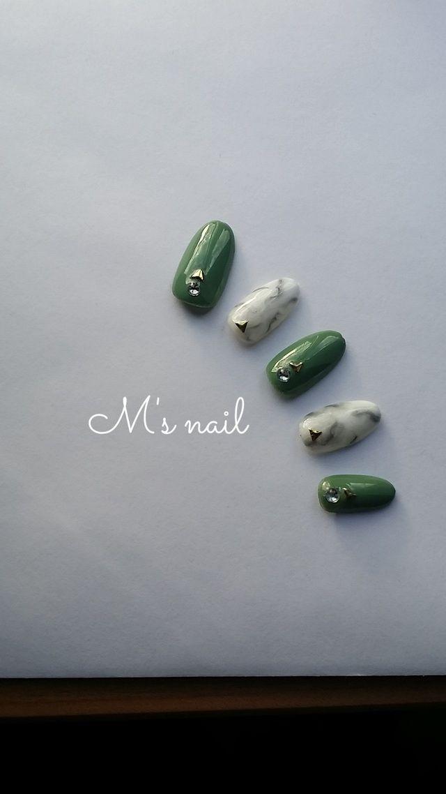 ハンドメイドマーケット+minne(ミンネ)|+大理石×カーキ+nail