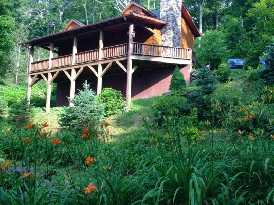A Rested Traveler - Blue Ridge Mountain Rentals - Boone and Blowing Rock Cabin Rentals