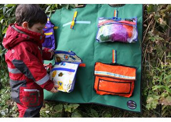 We-Go Outside. This system consists of an assortment of six small bags. Ideal for children to take away. Fill with different curriculum resources. Designed by Claire Warden.