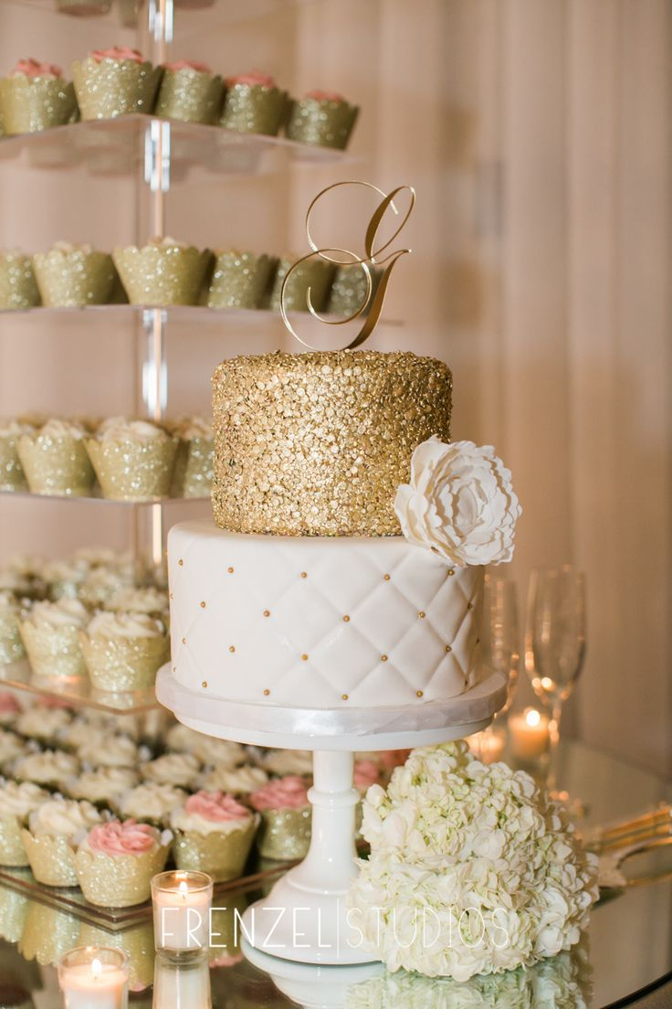 Love the gold guilding on this wedding cake as well as the cupcake tower #frenzelstudios (Fall Wedding Cake)