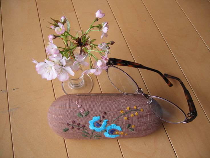 Hungarian embroidery on glasses case.