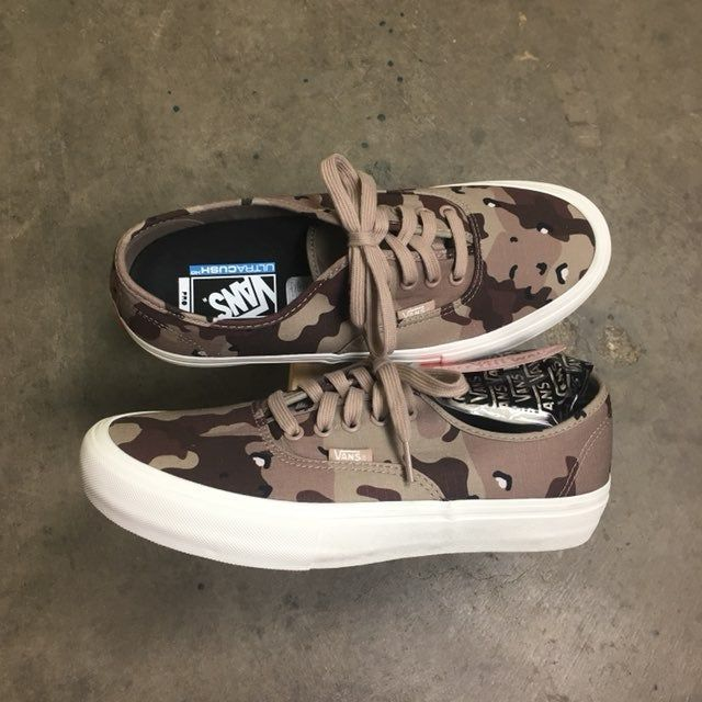 Brand new with tags. Never worn. No box. Vans Authentic Pro