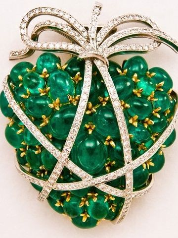 Verdura Emerald heart