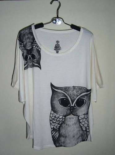 http://www.ebay.com/itm/Forest-Owl-Animal-Art-Design-Printed-Women-Top-Batwing-T-Shirt-Tunic-cream-/281114998512?pt=US_CSA_WC_Shirts_Tops=item4173c276f0
