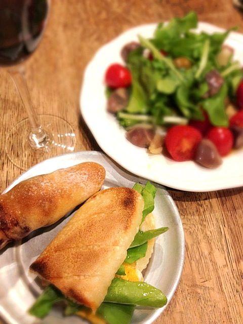 急遽1人ご飯  (´・_・`) - 8件のもぐもぐ - パニーニと砂肝ルッコラサラダ by macolonx