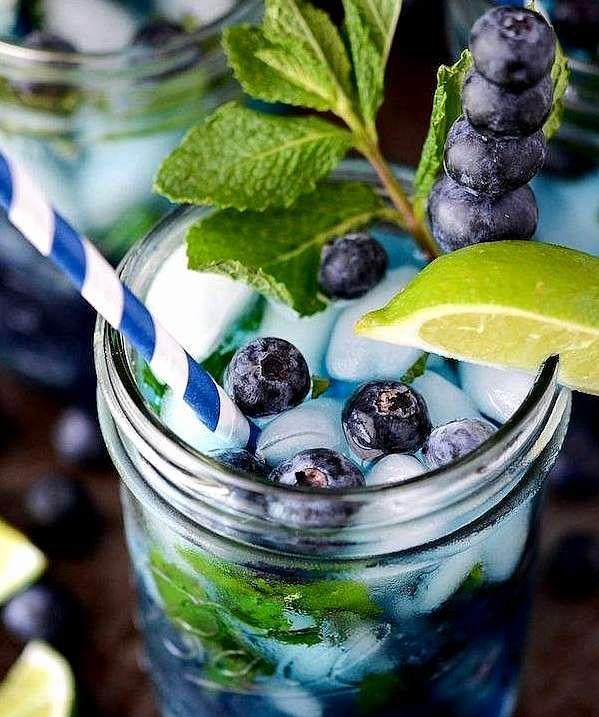 5 recettes rapides et originales de Mojitos à faire avec vos amis cet été