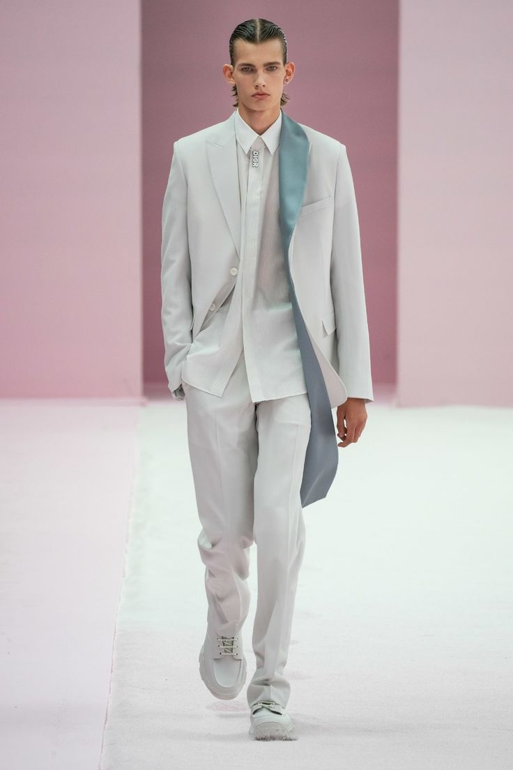 Dior Men Homme Printemps-Été 2020 – Défilés