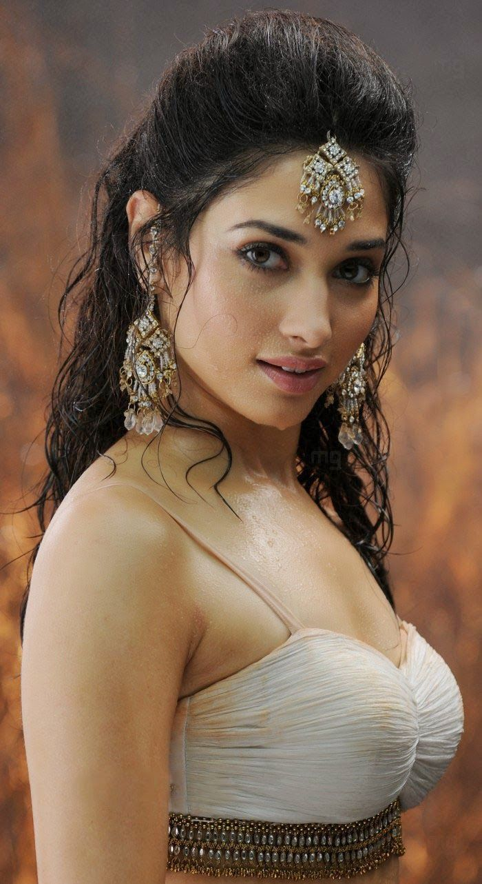 Bollywood Actresses Pictures Photos Images: South Indian Actress Tamanna Bhatia Pictures