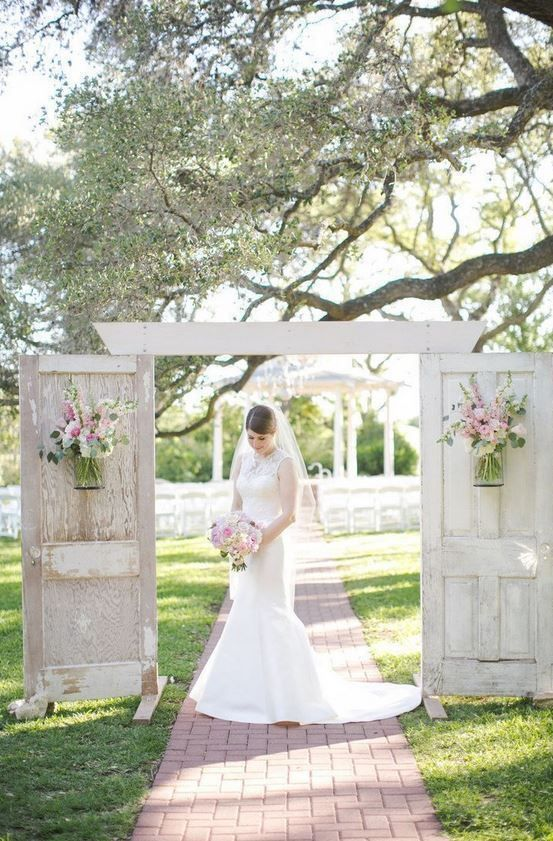 Create a beautiful entrance to your wedding with vintage garden doors