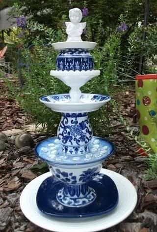 Garden totem: Glass Art, Glass Totems, Idea, Garden Art, Yard Art, Garden Totems, Glass Garden