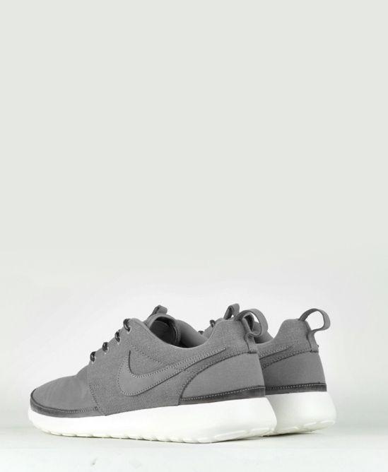 Nike Roshe Run Premium Grey/White