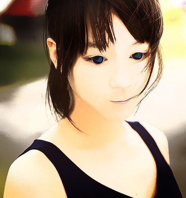 Lovely Beauty ~ edit Foto vektor gaya kartun dengan #photoshop cs3