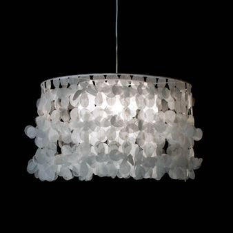 Fly 50 is a sheer and beautiful pendant designed by Catarina Larsson. With a lampshade made of polyester flowers it creates a tranquil atmosphere. Available in four colors.