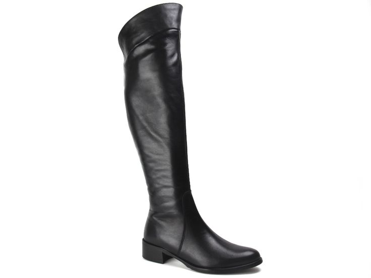 Zwarte over the knee boots / over de knie laarzen van Lamica €179,95 #overthekneeboots #lamica