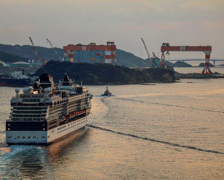 セレブリティミレニアム号のお見送り | Nagasaki365 - 長崎の今を写真でお届けします。