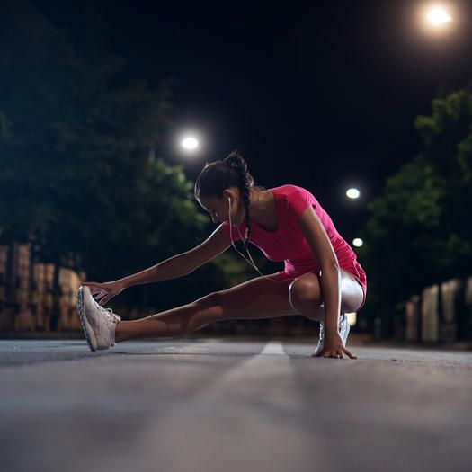 Find out the benefits of early morning and late night exercise.
