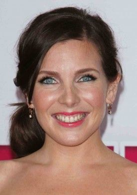 June Diane Raphael is set to topline ABC's single-camera comedy pilot Pulling, based on the praised 2006 British series. Raphael will star opposite Mandy Moore in the pilot