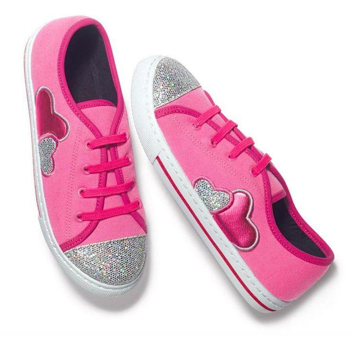 women's slip on  sneaker size 9 white and pink sneaker avon