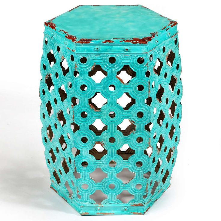 Blue Twisty Stool For Indoor Decoration ~ http://www.lookmyhomes.com/find-the-uniqueness-of-twisty-stool-for-indoor-decoration/