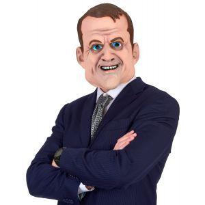 Ce masque humoristique en latex intégral est disponible en taille unique adulte. Il représente le visage de Emmanuel Macron. La qualité du latex permet des finitions très réalistes. Intégral, le masque couvre complètement le visage et l'arrière de la tête