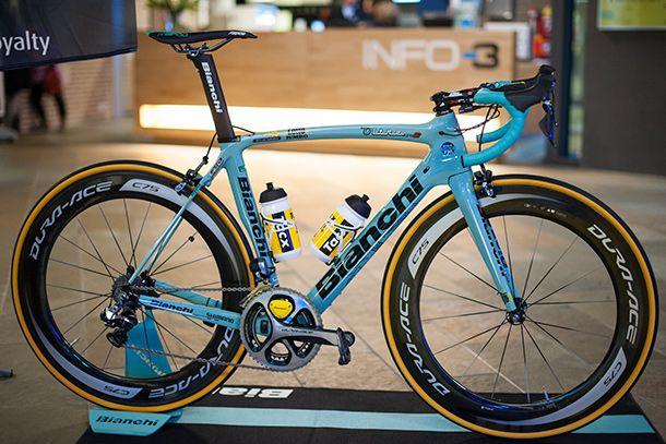 LottoNL-Jumbo 2015 Teampresentatie + interview — Racefietsblog.nl
