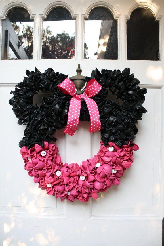 Pink Minnie Mouse Balloon Wreath