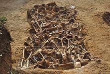 Mass grave - Wikipedia, the free encyclopedia