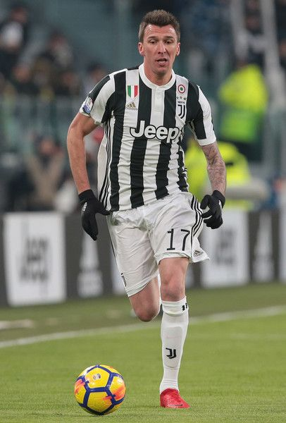 8e9bf20e4f6 Mario Mandzukic Photos - Mario Mandzukic of Juventus FC in action during  the TIM Cup match between Juventus and Atalanta BC at Allianz Stadium on  February ...