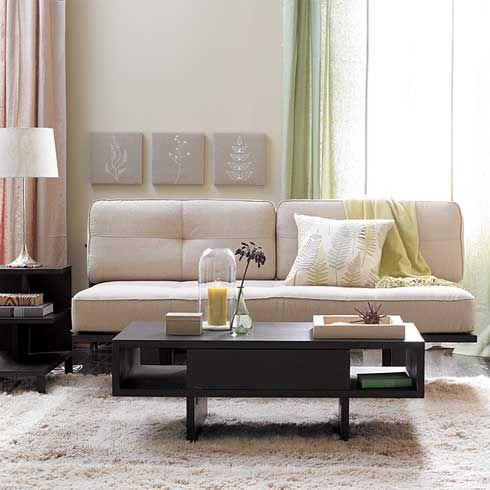 smaller living room, very cute.
