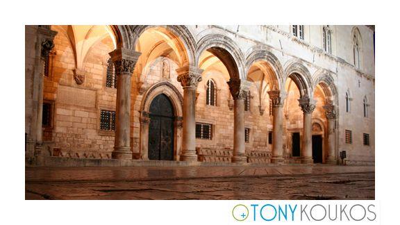 arches, columns, marble, light, metal door, night, dubrovnik, croatia, europe, travel, photography, art, Tony koukos