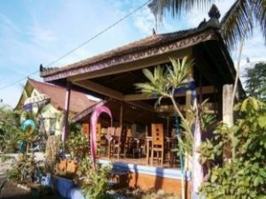 http://www.familyhotelsbali.com/surya-rainbow-villa/